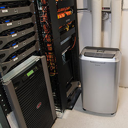 portable air conditioner in server room