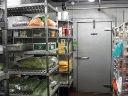 walk in refrigerator